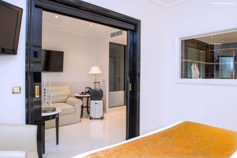 Découvrez les chambres Deluxe de l'hôtel Aston La Scala.
