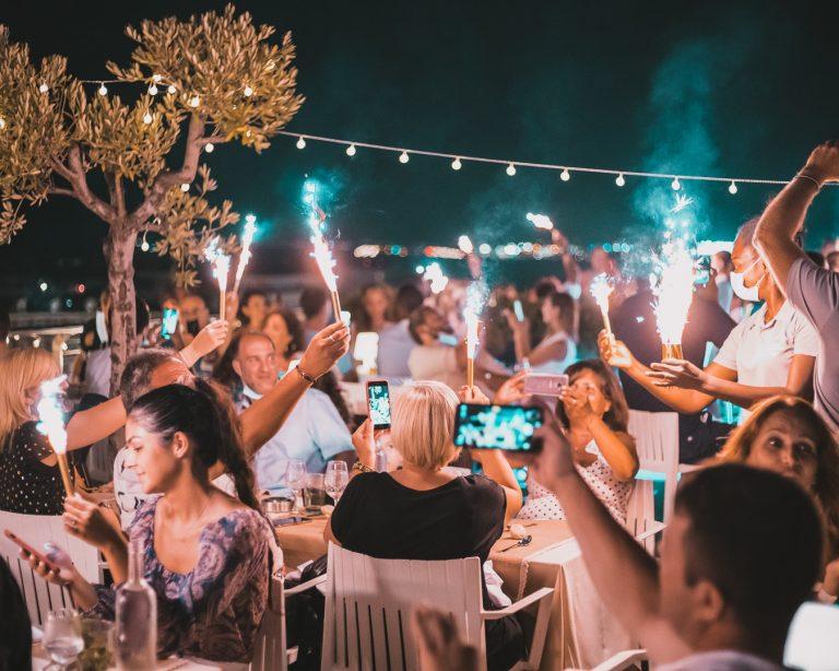 Célébrez les grands événements à l'hôtel Aston La Scala à Nice.