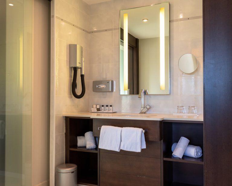 Découvrez une salle de bain d'une suite Penthouse.
